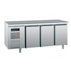 Холодильный стол Sagi KUEBM с тремя дверцами (0 ...+10°C, 1850х700х900 мм)