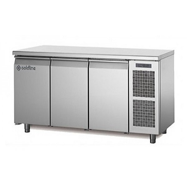 Трехдверный морозильный стол Coldline MASTER FREEZER TP17/1B (-15...-20°C, 1780х700х850 мм)