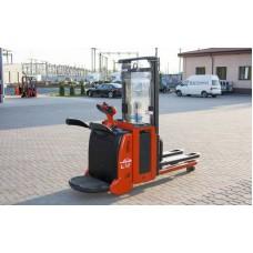 Штабелер электрический Linde 12 AP (1200 кг / 3 м)