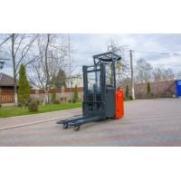 Штабелер электрический Linde L 12 LSP (1200 кг / 2,5 м)